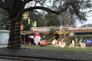 Orlando neighborhood Christmas lights