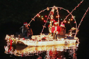 Holiday boat parades near Orlando