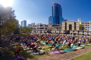 Free yoga at Lake Eola