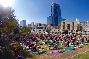 Free yoga at Lake Eola