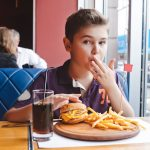 Kids eat free deals in Orlando
